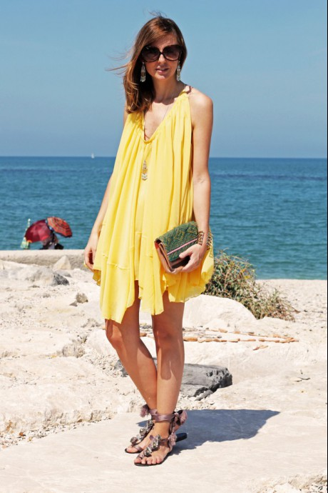 Wonderful Yellow dress in Chloe style!