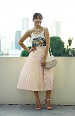 Solid Color High Waist Pleated Skirt Reviews