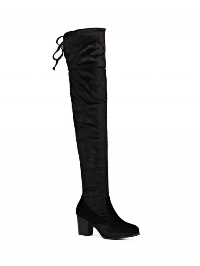 #overthekneeboots I think this pair of boots will make us tall and beautiful.