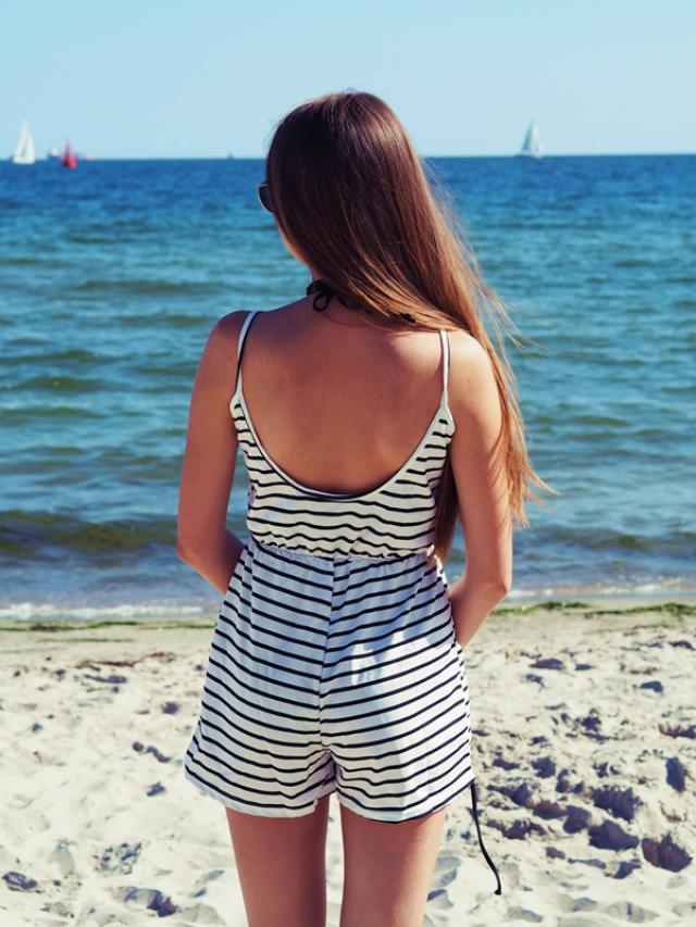 It\'s winter but I miss summer ;) I love stripes.