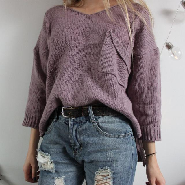 I\'m in love with this V Neck Sweater from Zaful! So comfortable!