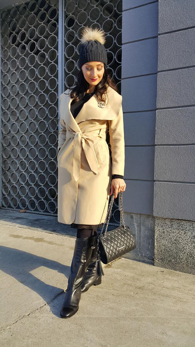 My casual outfit is complete with this beautiful beige coat from Zaful..