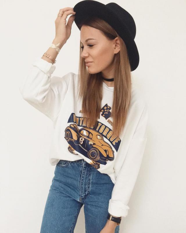 Buy this vintage sweater at zaful!
