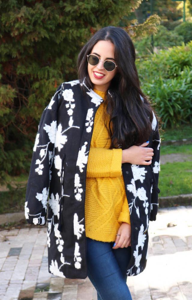 Definetely in love with this embroidered coat! Fav garment for this winter!