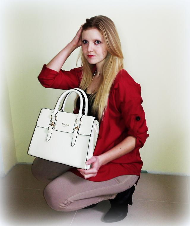 #zmesday00  Greatest handbag and shirt, which I never get bored. I love them for high-quality materials, from which they
