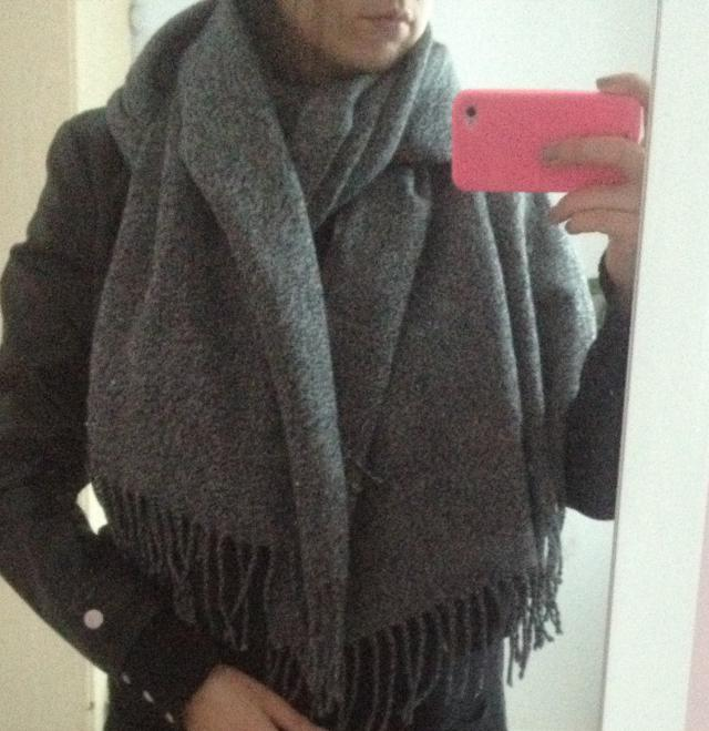I love this scarf :)