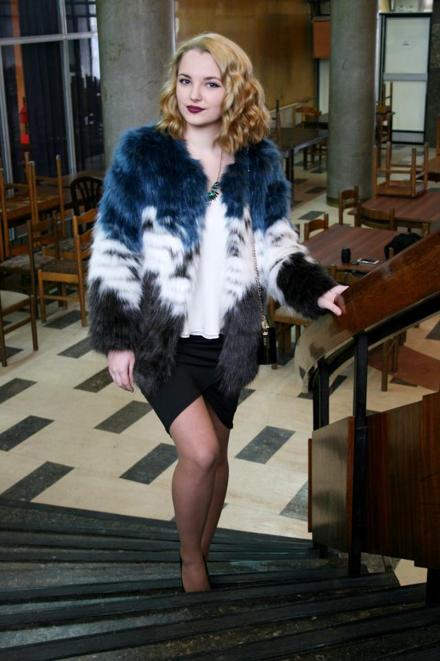 I\'ve got from ZAFUL this wonderfull fur coat. I love it and it\'s truly amazing.