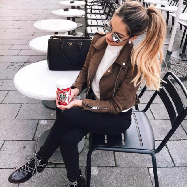 This brown jacket is very beautiful #brownjacket #jacket #sexy #hot #spring #winter #autumn