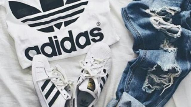 Who loves Adidas? I always wear the shoes with ripped jeans! 