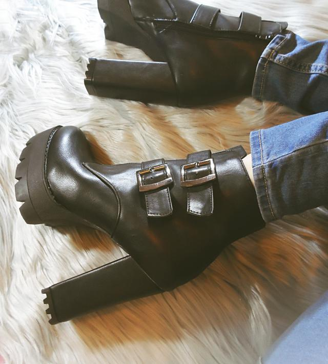 Nu Goth Style Buckle Boots <3 #fotd #loveselfie #wimg #gymlook #spring2017