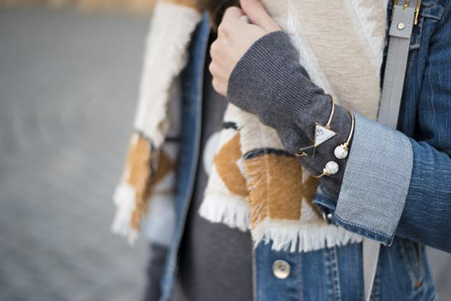 Cozy geometric print scarf and marble stone bracelets