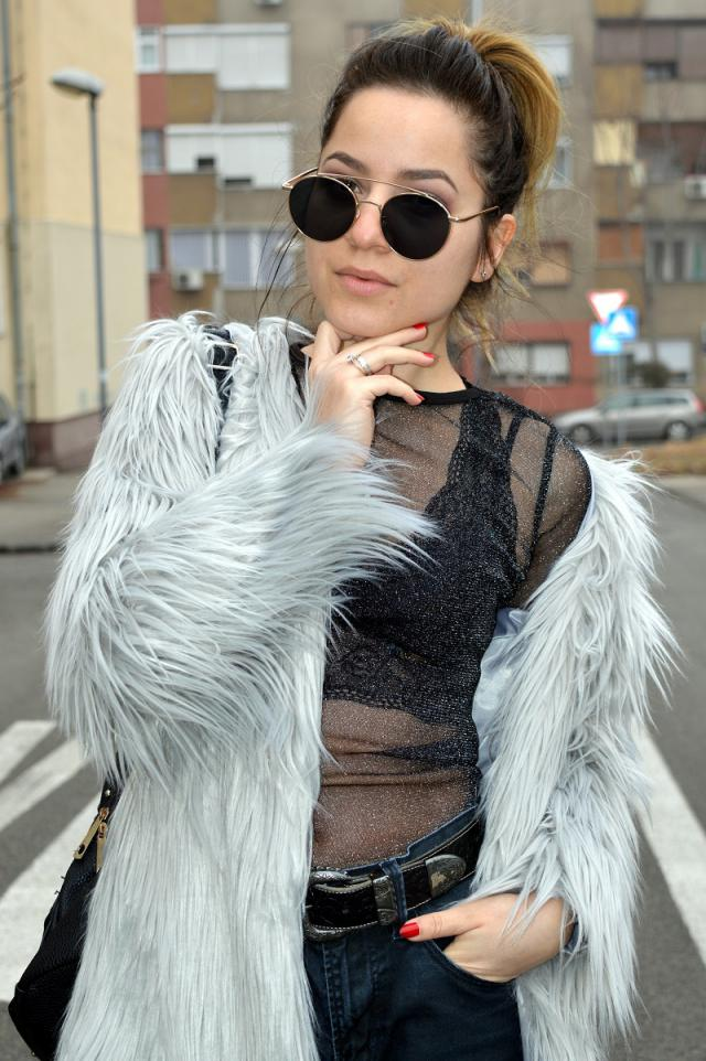 Fur and mesh combo all the way... #zaful #zafulgirl #trend #ootd #mesh #fur #spring2017