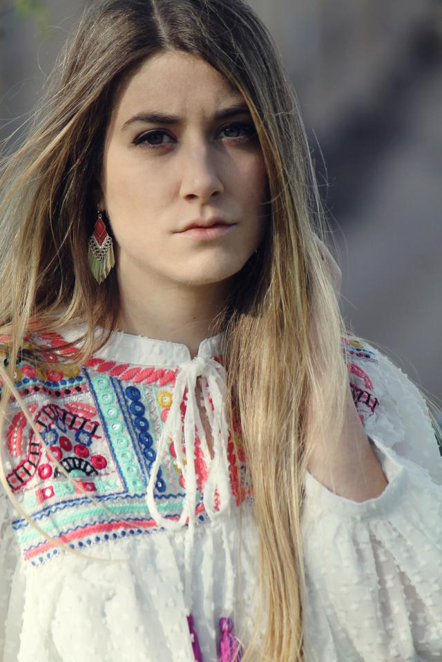 #earrings #jewerly #embroidered #blouse #white #spring #summer #ootd #blonde #travel