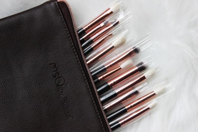 Great makeup brushes! :-)