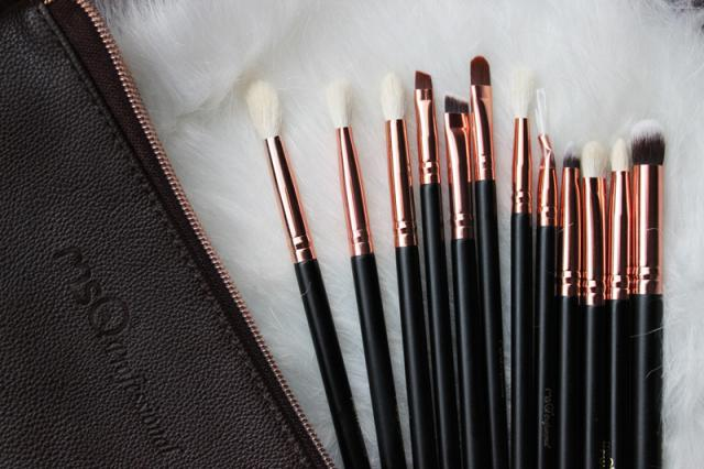 So soft goat hair makeup brushes! #love #brushes #makeup #zaful #rosegold #spring2017 #easter2017 #amazing