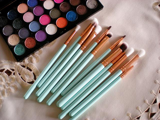 Mint brushes <3