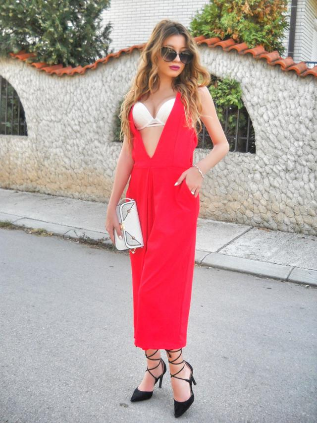 Red jumpsuit     My post http://itsmetijana.blogspot.rs/2016/11/red-jumpsuit.html