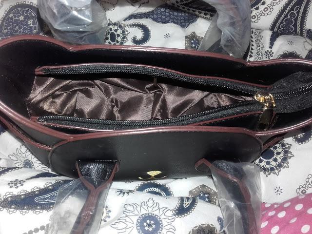 Tak wygląda torebka kot od środka :)