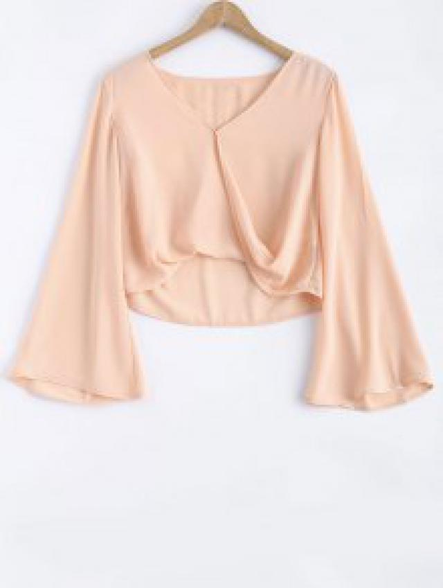 I just LOVE #Zaful Bell Sleeve V Neck Crossed Tee. Perfect for #spring2017 and #summer2017