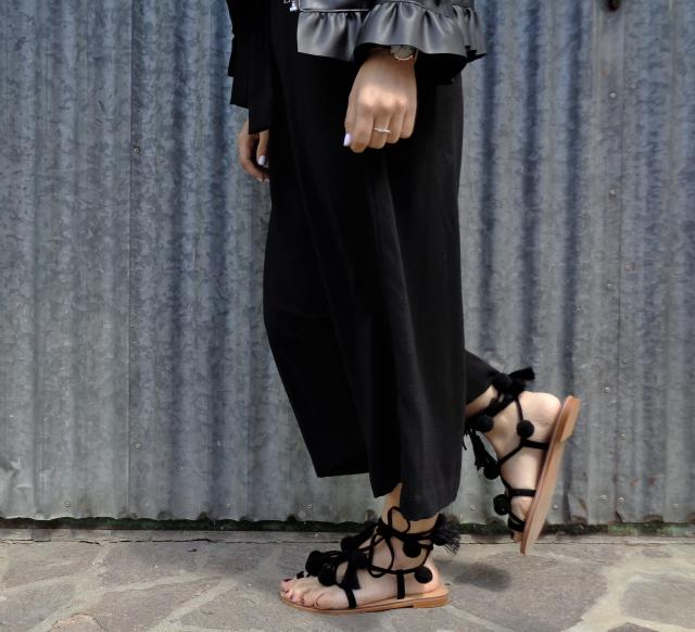 Totally in love with this beautiful sandals in perfect Coachella's style! I really love it <3