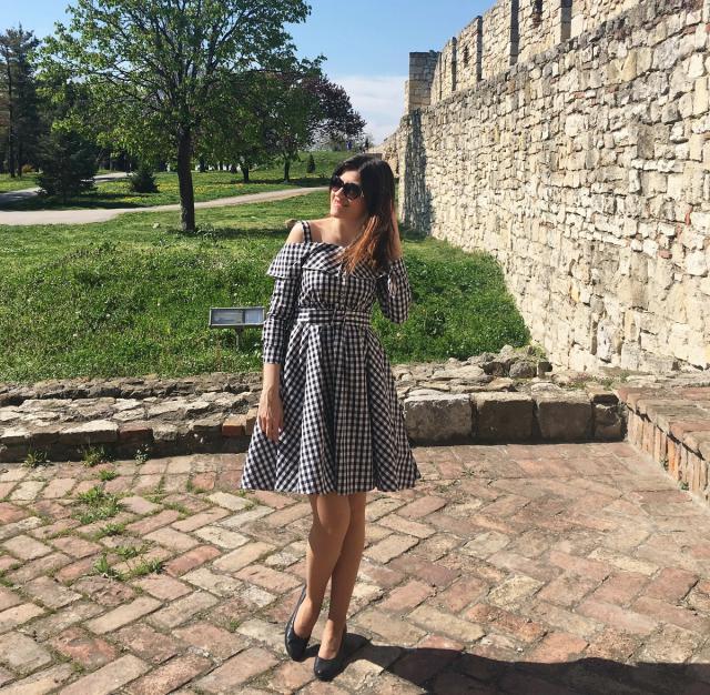 Cute gingham dress for Bridgit Bardot style #ginghamdress #romantic #elegant #zafulhits #bloggerschoice #bambolai