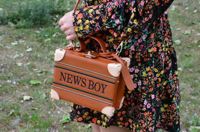 #coachella2017 #springbreak2017 #zafulhits #Giftformom #Dressforidol #Favbook #ootd #bag #boxbag #trunk #chest #baul