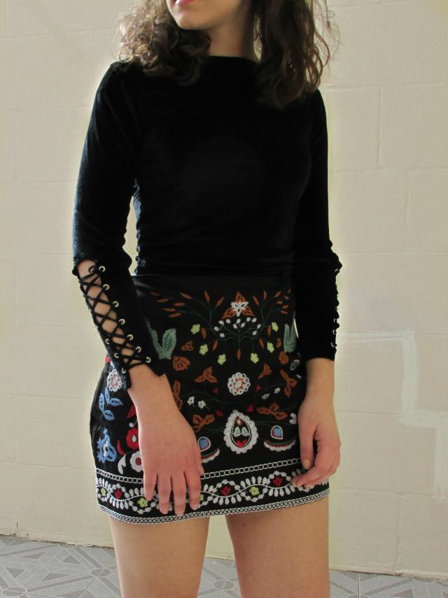 #partydress #dressforidol #embroidery #skirt #velvet