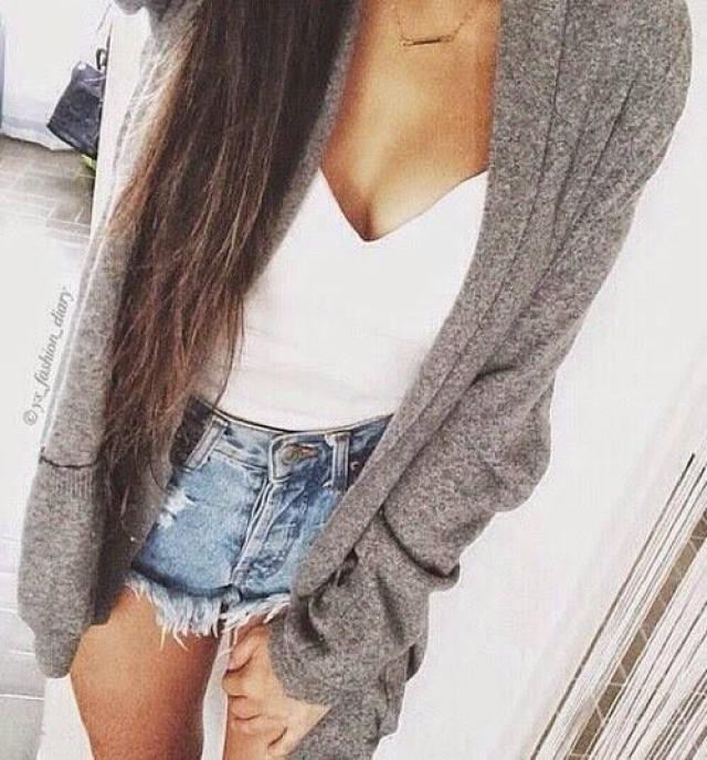 super cute outfit, let me know in the comments your opinions! ♥