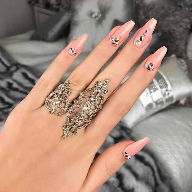 #nailart  Comment if you like to see more!