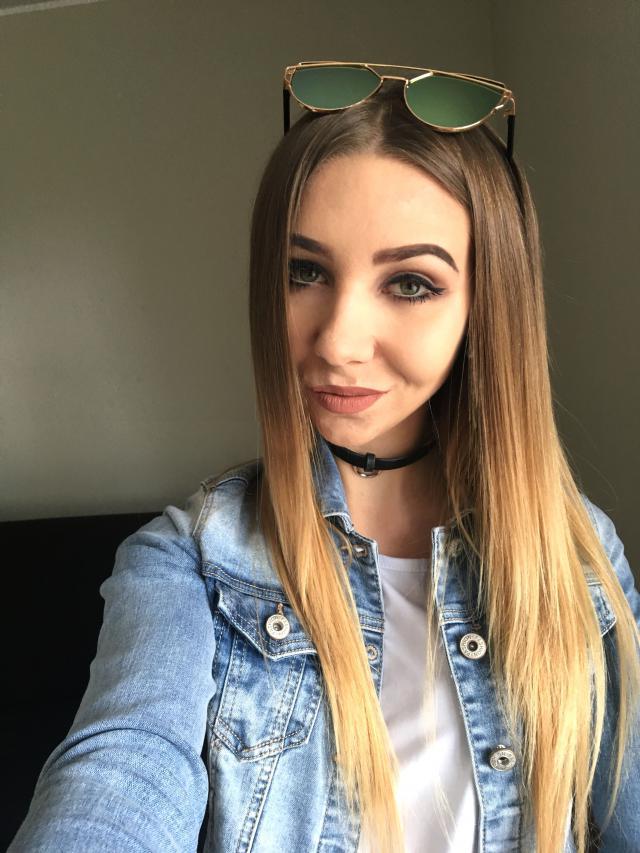 #loveselfie #polishgirl #smile #denimjacket #springbreak2017