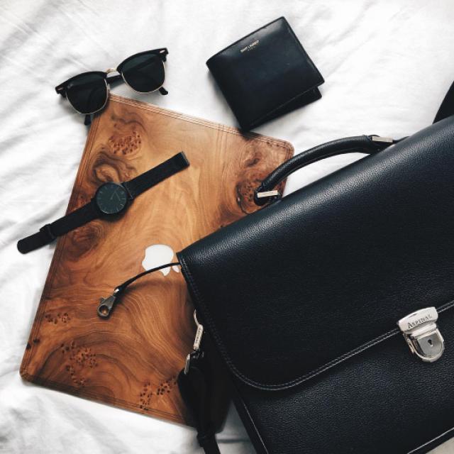 Sunglasses, women fashion#denimlove #gotolook #springbreak2017