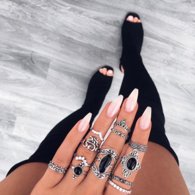 Beautiful silver rings! do you like it? let me know in the comments!♥♥♥♥♥♥♥♥♥♥ #silverrings #rings