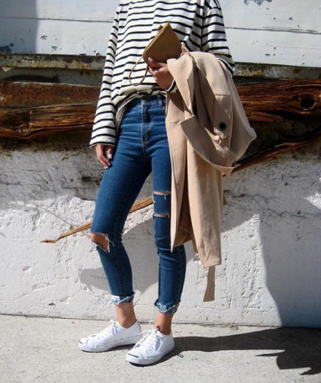 for windy weather #style #fashion #jeans #denim #summer