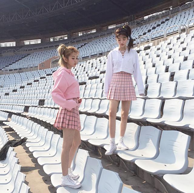 korean style #style #sweatshirt #korean #pink