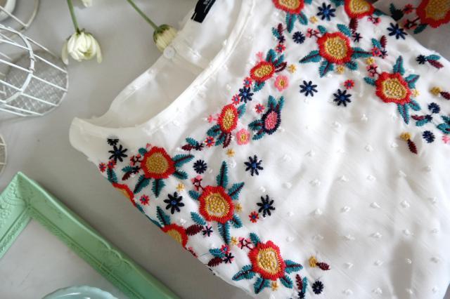 #embroidery  #3anniv #floralprint #flatlay