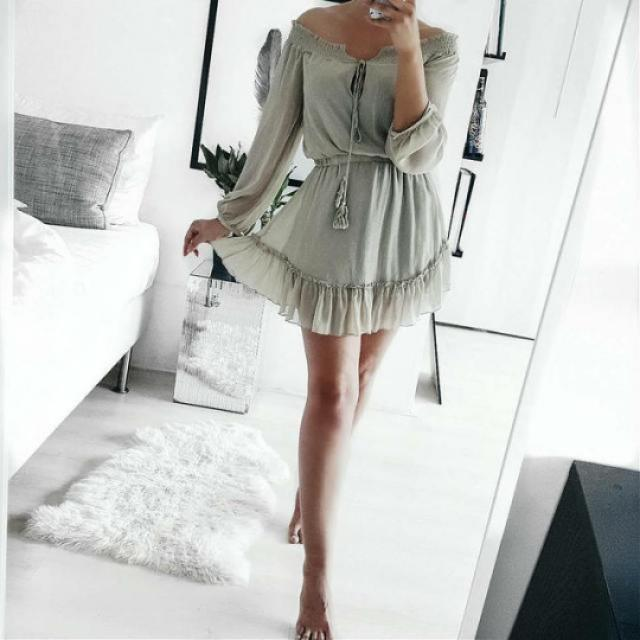 Beautiful dress! do you like it? let me know in the comments!❤️❤️❤️❤️❤️❤️❤️❤️❤️