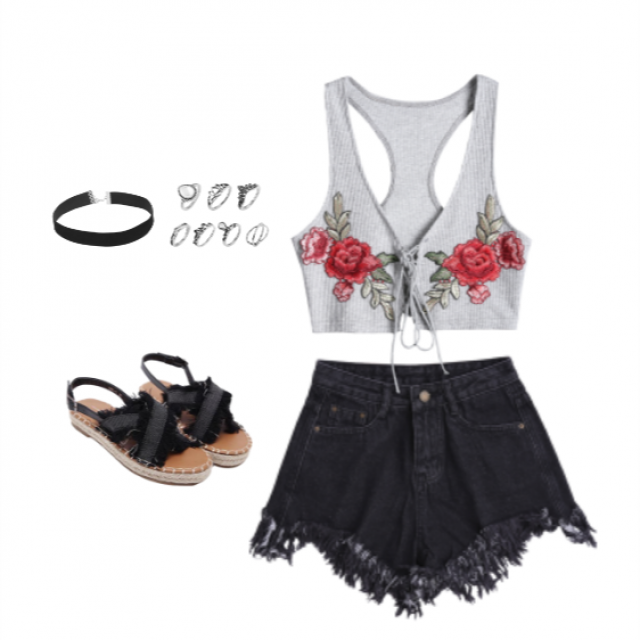 Im in love with this top, seriously the embroidery its gorgeous. You have to check it out!! Add some basic pieces and…