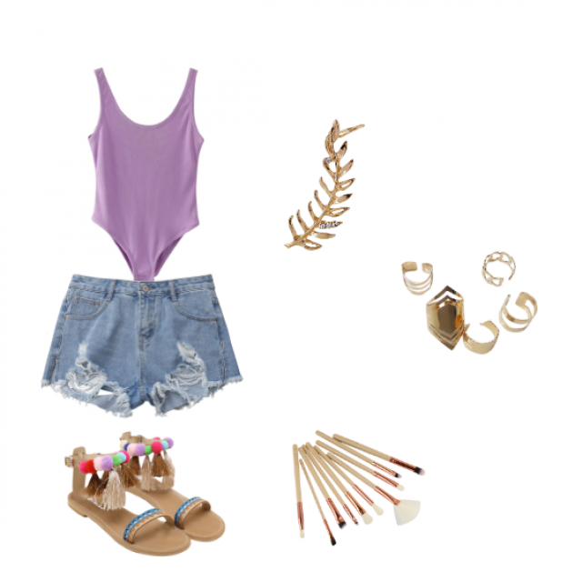 A summer look that\'s not too overbearing.