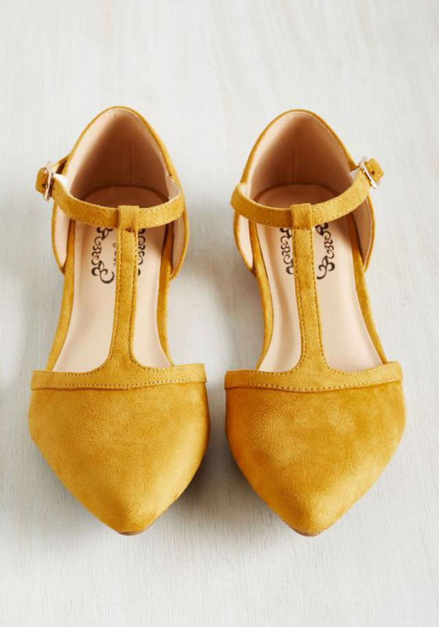 Love it this color so much #mustard #winter #trends