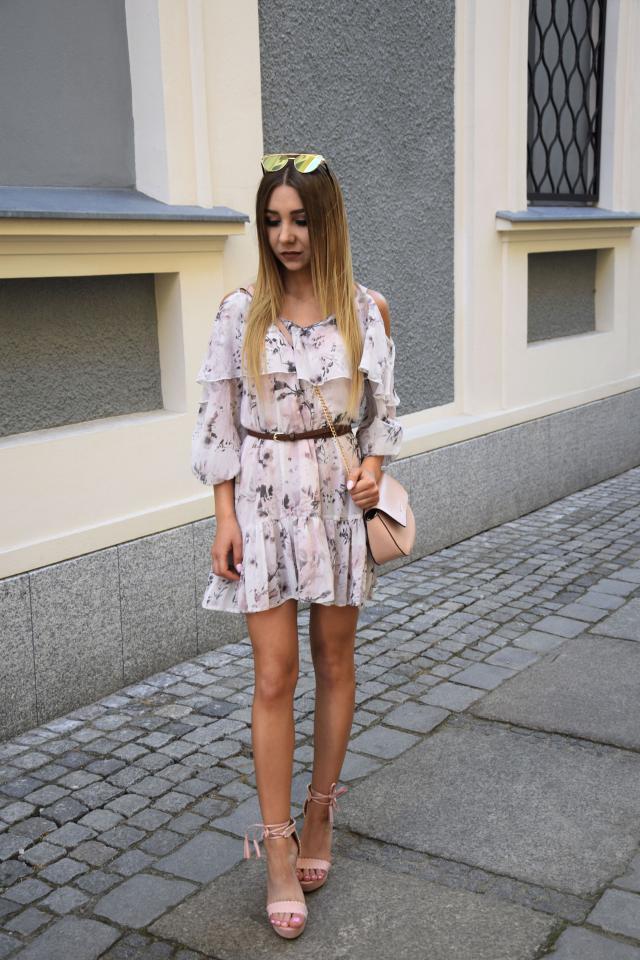 #floraldress #summerstyle #polishgirl #blogger