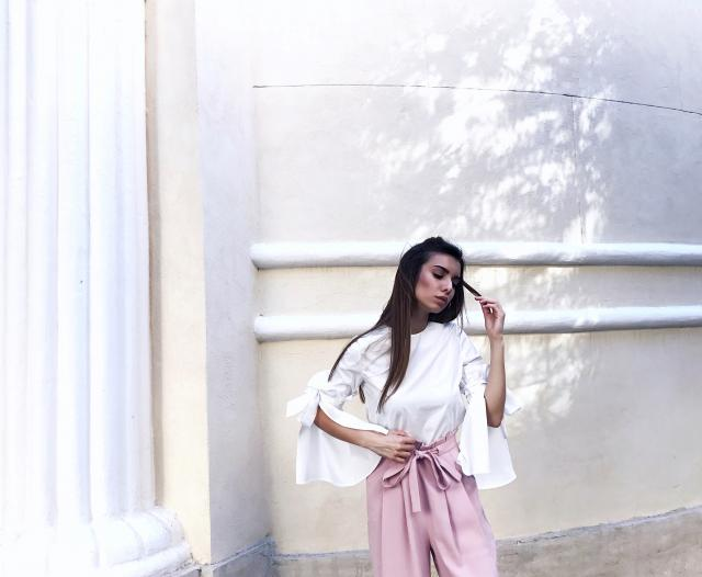 ❝ White Shirt with Flakes + Pink Pants: Ballerina Mood ❞