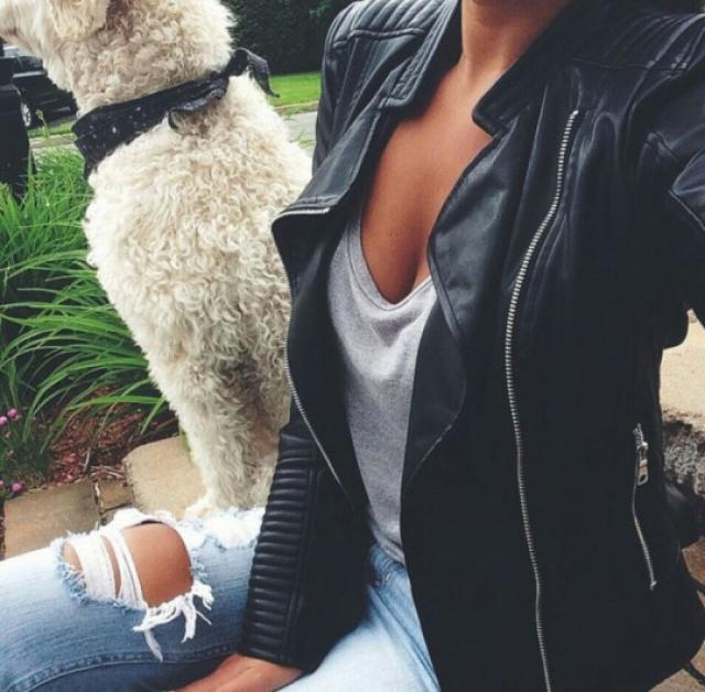 Leather jacket is perfect to keep you warm #fashion #style #trend #trendy #black #outfit