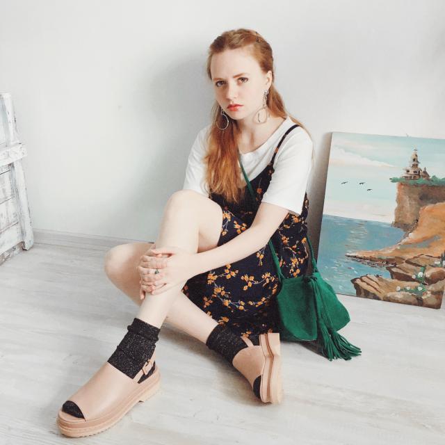 I like this dress with t-shirt. http://magdalinskaya.blogspot.com/2017/05/flower-print.html