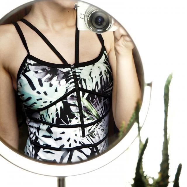 #swimsuit #onepiece #tropicalprint #summer