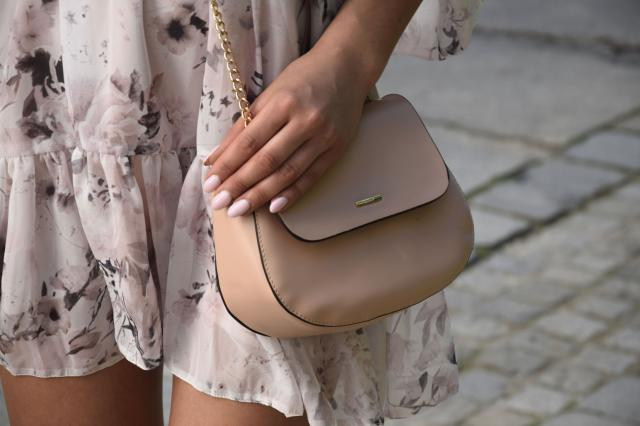 #fashion #bag #summerlook #floraldress #style