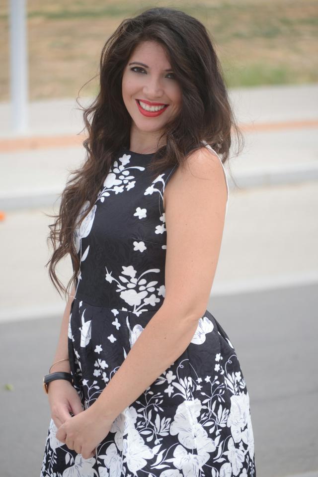 Lady dress!