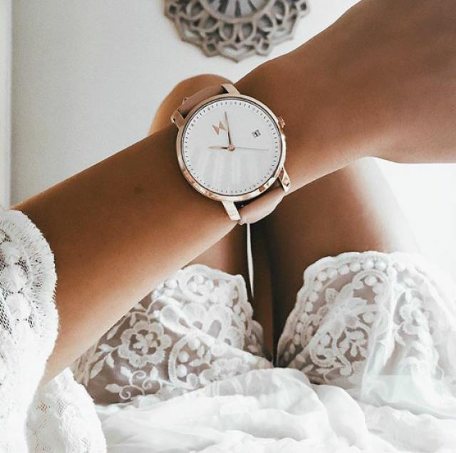 watch/outfit/women fashion