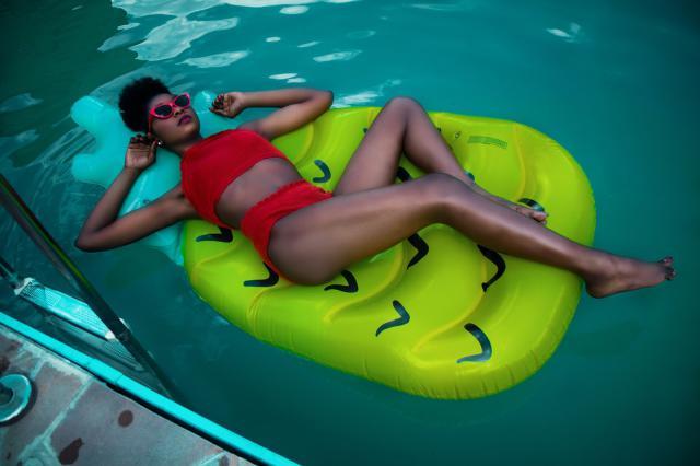 http://www.melodyjacob.com/2017/07/crochet-halter-high-waisted-bathing.html #summer #seaside #bikini #seaside