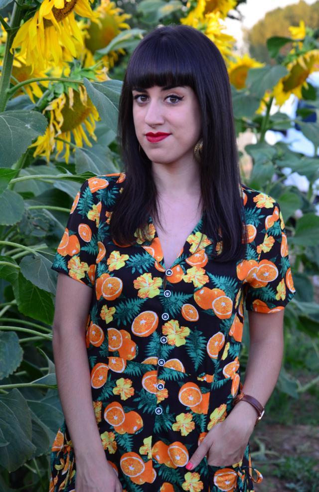 #loveselfie #gotolook #dressforidol #summertrip #orange #romper #jumpsuit #print #printed #vintage #retro #preppy #naif