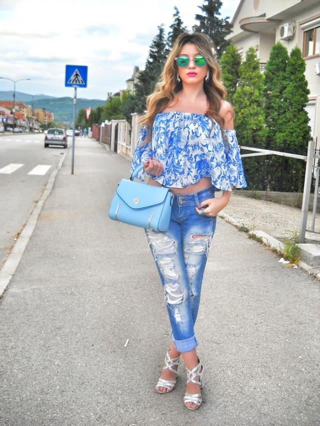 IG: tijamomcilovic